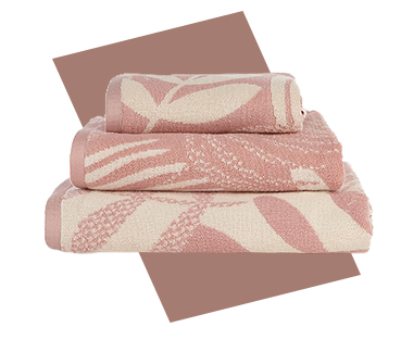 Refresh the bathroom with colourful towels
