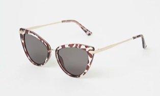 Brown cat eye animal print sunglasses.