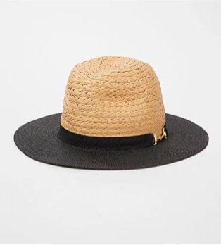 Contrast trim sun hat.