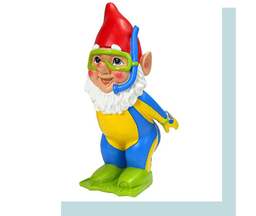 This colourful snorkling gnome comes with green flippers and a red hat