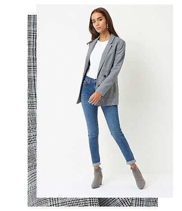 Ace power dressing and opt for this light grey woven blazer to complete your layered look