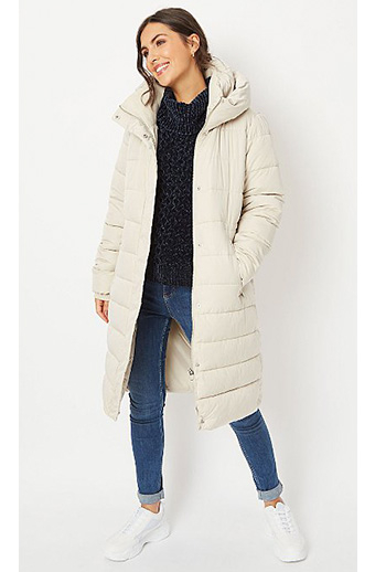 What To Wear To A Christmas Market Life And Style