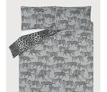 Grey tiger design reversible double duvet set