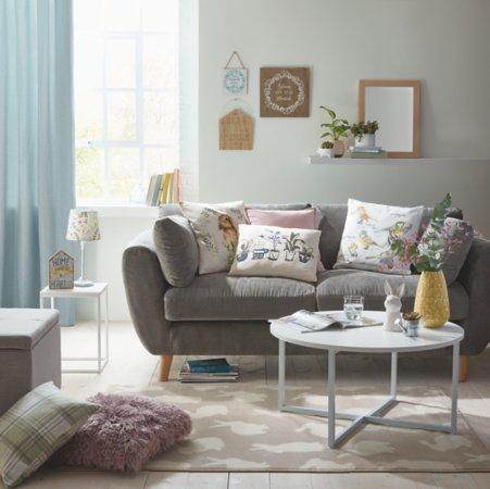 Modern Country Living Room Range