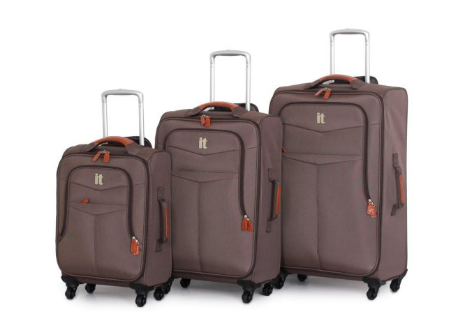 it Luggage Brown 4-Wheel Lightweight Spinner Range