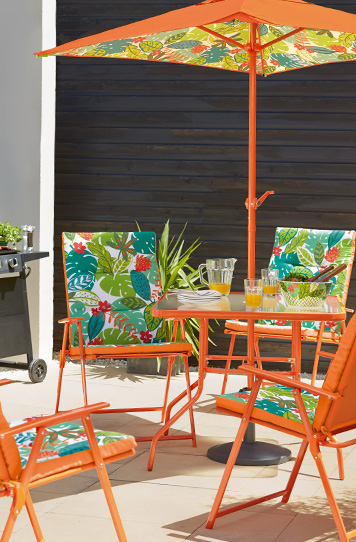 From dining sets to love chairs, turn your garden into a beautiful haven with well-made furniture at George.com