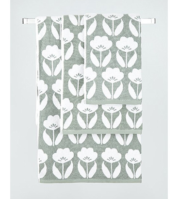 Green floral print towel range