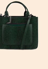 This emerald green snakeskin-effect handbag features a long strap and two short handles