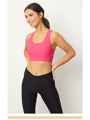 Hit the gym and work up a sweat in this pink crop top