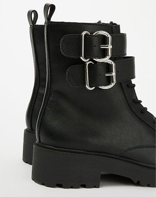 G21 black double buckle boots.