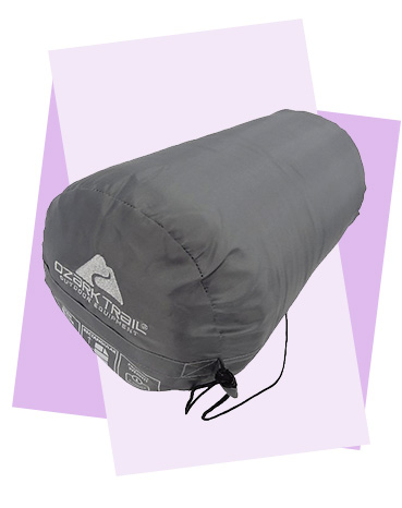 Designed with a super soft lining for added comfort, this Ozark Trail sleeping bag features a two-way zip to help seal in warmth