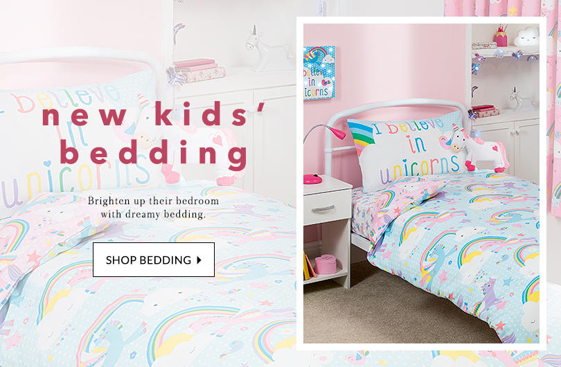 Including all their favourite characters and more, shop our kids' bed linen range.