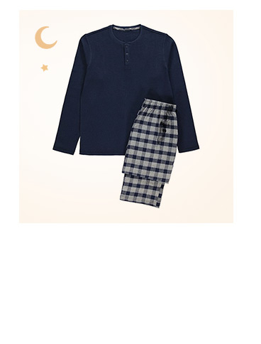 Head to bed in style. Shop checked pyjama gift set