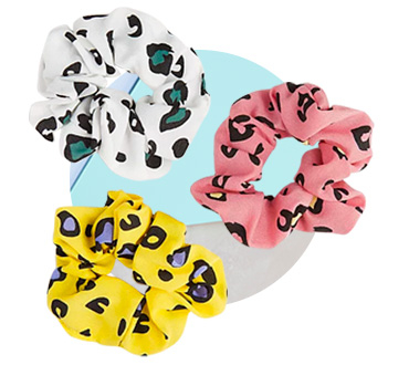 This 3 pack of hair scrunchies come in vibrant colours finished with a leopard print