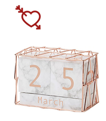 Count down the days to the wedding or hen party with this marble-effect calendar