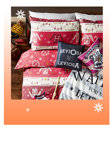 Shop our wonderful Christmas bedding range