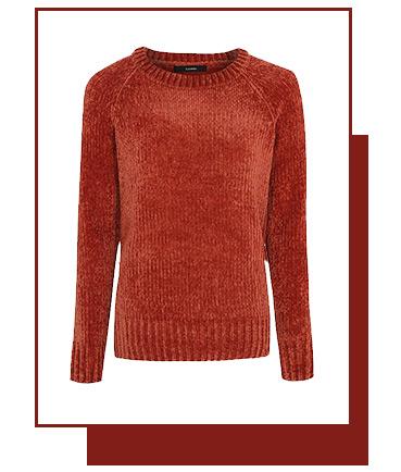 This knitted chenille jumper has velvet-feel fabric