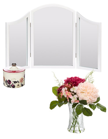 Soften up your home interiors with our beautiful Vintage Romance collection at George.com