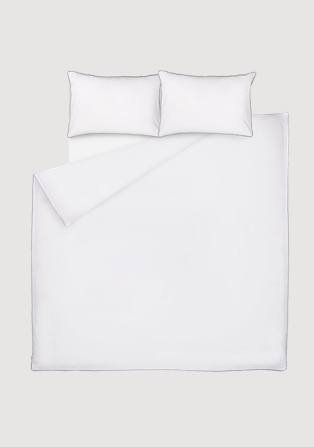 White double duvet bed set