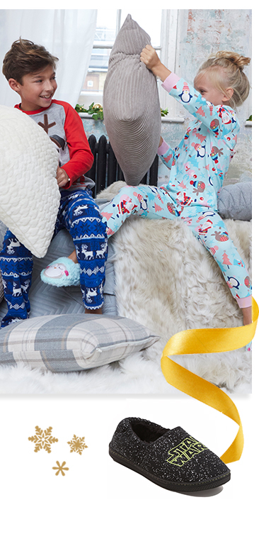 From cosy pyjamas to fuzzy slipper boots, shop pyjamas for kids at George.com
